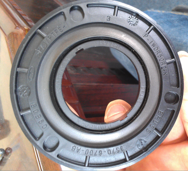 Ford Transit 2.4TDCI PUMA Front crankshaft oil seal 3S7Q-6700-AB